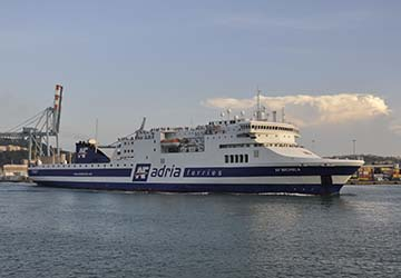 adria_ferries_michela_outside