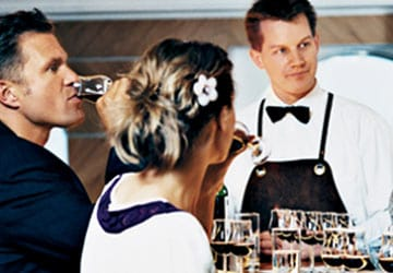 dfds_seaways_princess_seaways_red_and_white_wine_bar